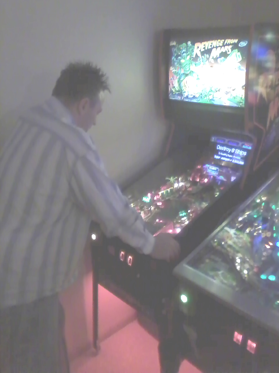 Iowa pinball club home gameroom party pictures in Grimes, IA